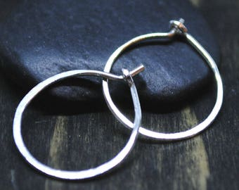 Small Hoop Earrings - Silver Hoops - Minimal Earrings - Everyday Jewelry