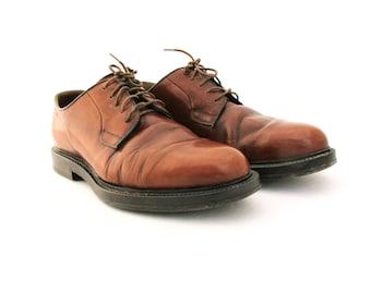 Vintage shoes, Brown Leather Mens Shoes, Men's Shoes Oxfords, Size 8, Vintage men's shoes,