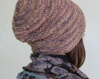 Knitted wool beret mélange created