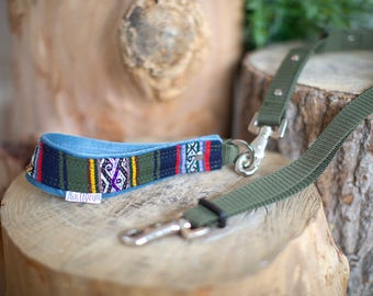Paisley Handle and Adjustable Dog Leash. Handmade. MissFlo. Navy Bleu. Baby blue and red.