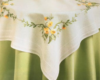 "Yellow Pansies Flowers Embroidery tablecloth kit,  80 x 80cm, 31"" x 31"" by deco-line 11-463"