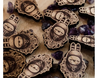 Tweedle-Hoot - PIN, BROOCH, Wooden, Jewellery, Creature and Guardian Owl