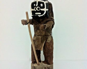 """Man Of the indigenous tribe """"Chamán or sorcerer"""
