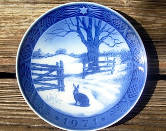 Royal Copenhagen Collector Plate 1971 Hare in Winter 7""