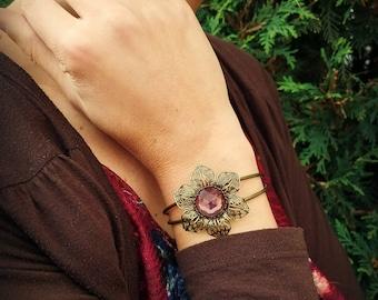 Antique brass flower bangle bracelet with rose gold czech glass cabochon