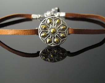 Choker in Fine Silver, 24K Gold Keum-boo and Leather