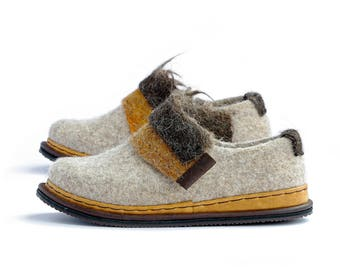 Spring shoes- wool clogs shoes- woman wool shoes- felted shoes-bohemian shoes- woolen clog- woman felt loafers- boiled wool shoes