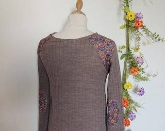 Sweater taupe with insets at the shoulders and elbows fancy / by classy *.