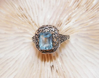 Size 5 Sterling Silver Blue Topaz Ring, 925 Natural Blue Topaz Designer Ring, Beautiful 8mm By 6mm Blue Topaz Antique Style Estate Ring