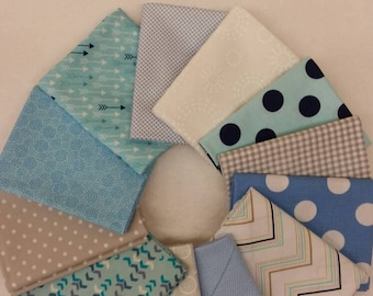 Beautiful Bubbly Blue Fat Quarter Bundle of 12 different fabrics
