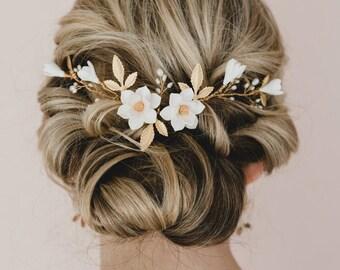 White Magnolia and Leaves Hair Vine.  Bridal Headpiece . Gold Hair Vines. Gold Leaves and Headpiece for Bride. NADIA