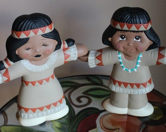 Fall Ceramic Pair of Two-Sided Holding Hands Figurines