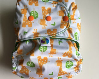 Cloth nappy, reusable nappy, all in two nappy, real nappy, washable nappy, diaper, one size fits most, giraffes