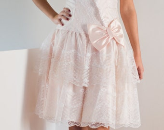Alfred Angelo Vintage Fairy Tale Party Dress / Flirtations, a division of Alfred Angelo / Strapless / Collared with cross-over bodice bow