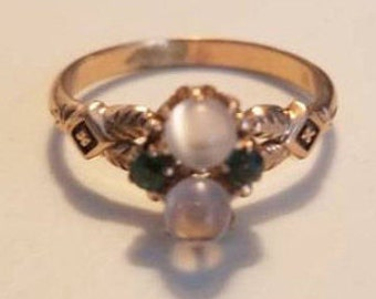 Gorgeous Victorian 10k Rosie Gold Ring with Orb Moonstomes and Green Stones - size 5 1/2