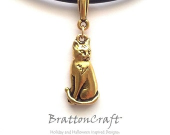 Gold Cat Necklace - Sitting Cat Necklace - Cat Necklace - Cat Jewelry - Animal Jewelry - Kitty Necklace - Epsteam