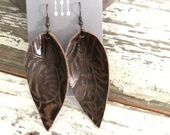 JoJo Drops leather earrings