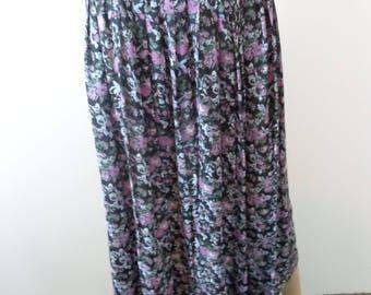 Vintage Purple Flower Skirt, Flow Skirt boho, Hippy Pleated Skirt, Modest Skirt, Church Skirt, Flower Skirt Vintage,  Handmade Vintage Skirt