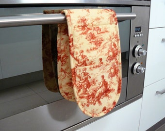 Double Oven Mitt - beautiful red and cream toile