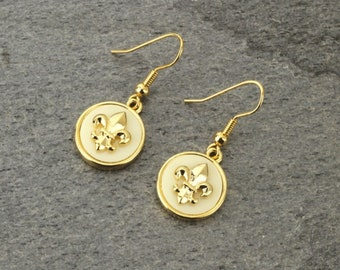 Fleur De Lis Earrings Gold/White