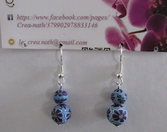 earring type two blue beads