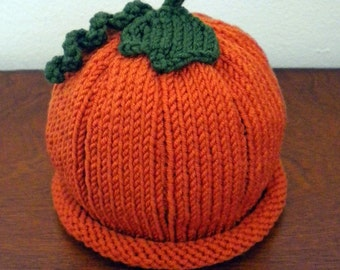 Perfect Pumpkin Hat (Sport-weight Yarn) for the Family Knitting Pattern