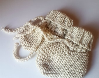 Hand Knitted Booties in Cashmere Merino Silk Yarn - 0-3 Months