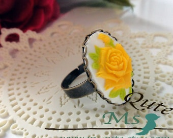 Romantic Rose Ring - Bright Yellow