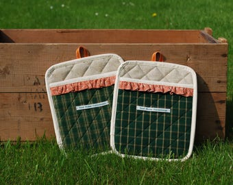 Green Tartan Pot Holders / Oven Gloves