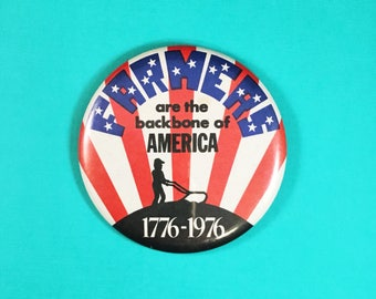 Bicentennial Patriotic Farmers Pin Back Button