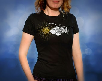 Steampunk Anglerfish fish lamp black t shirt for women, screen printed women's short sleeve tee shirt, Size S, M, L, XL
