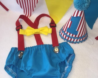 Boys Cake Smash Outfit - Carnival or Circus theme - Diaper Cover, Bow Tie & Birthday Hat - Birthday Set