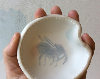 Little bowl for honey. With bee decorations