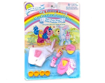 1986 G1 My Little Pony Bunny Baby Pony Wear MINT On Card Hasbro 80s Original MOC NIB Shoes Hat Slippers Bunnies Babies Outfit Mlp Bronies