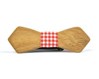 Vintage London Wooden Bow Tie + Pocket Square