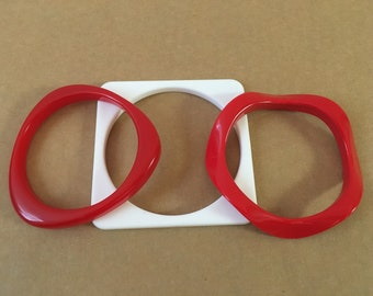 Mod bangle Lot, Red and White Bangles, Lucite bangle Lot, Triangle Bangle, Wavy Lucite bangle, Square Lucite bangle, Thin Bangle Set