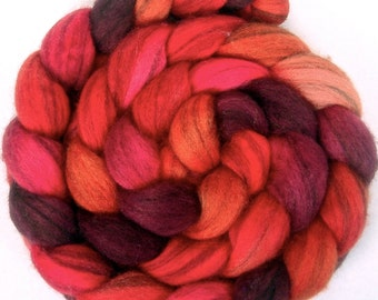 Handpainted Heathered BFL Wool Roving - 4 oz. HOT LIPS- Spinning Fiber