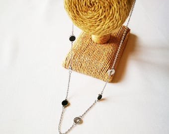 Necklace titanebasque mid-length and long thin chain - disc rondelle Roman numeral Rings Titanium chic hypoallergenic for sensitive skin