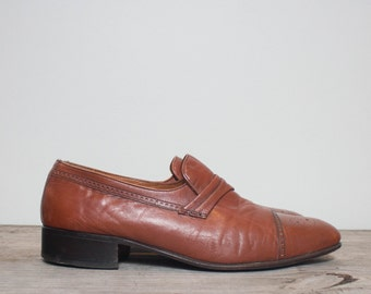 9 D | Men's BALLY Cap Toe Brogue Brown Leather Loafers