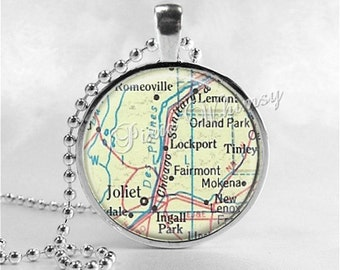 ILLINOIS MAP Pendant, Joliet, Lockport, Tinley Park Illinois Map Necklace, Illinois Pendant, Vintage Illinois Map, Glass Photo Art Pendant