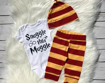 Snuggle This Muggle / Harry Potter outfit / baby gift / Harry Potter Muggle / Gryffindor / Baby boy or girl set / Wizard Coming Home Outfit