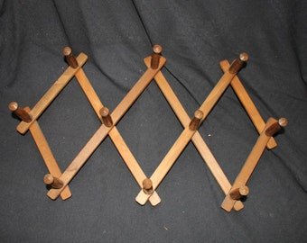 Vintage Expandable Accordian Style Wooden Hooks
