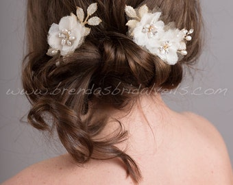 Ivory and Gold Wedding Hair Comb, Freshwater Pearl and Rhinestone Hair Comb, Bridal Hair Accessory - Winona