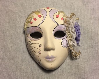 Latex ecstasy mask with a small hole for breath control 62OpKPQ