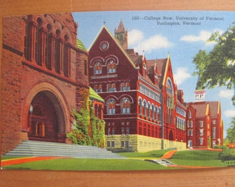 Lot of Five Vintage Linen Postcards College Row, University or Vermont - MINT