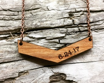 5 Year Anniversary Gift - Custom Special Date Wood Necklace - Engraved Date or Name Wooden Bar Drop Necklace with Copper Tone Chain