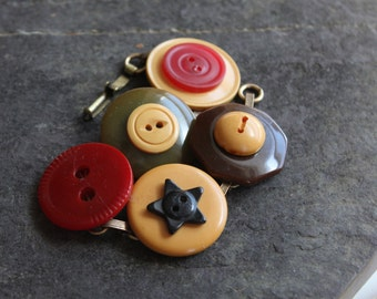 Classic Bakelite button bracelet rich colors vintage antique retro jewelry recycled repurposed up cycled funky victorian oldnouveau