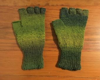 Fingerless Gloves Green Adult
