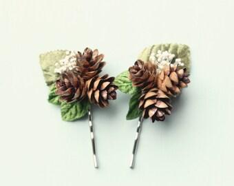 Pine cone hair clip, Rustic wedding accessory, Winter wedding, Bridal hair pins, Woodland hair clips, Woodland hair, Bridal hair, Holiday
