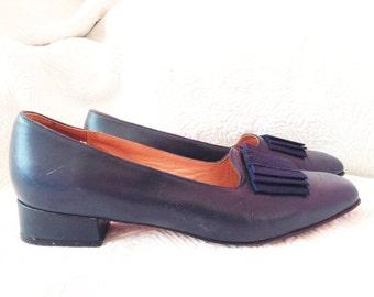 Shoes vintage, Navy blue leather, heel 3 cm, Heyraud, P 39.5.
